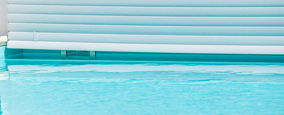 Couvertures et volets pour les piscines