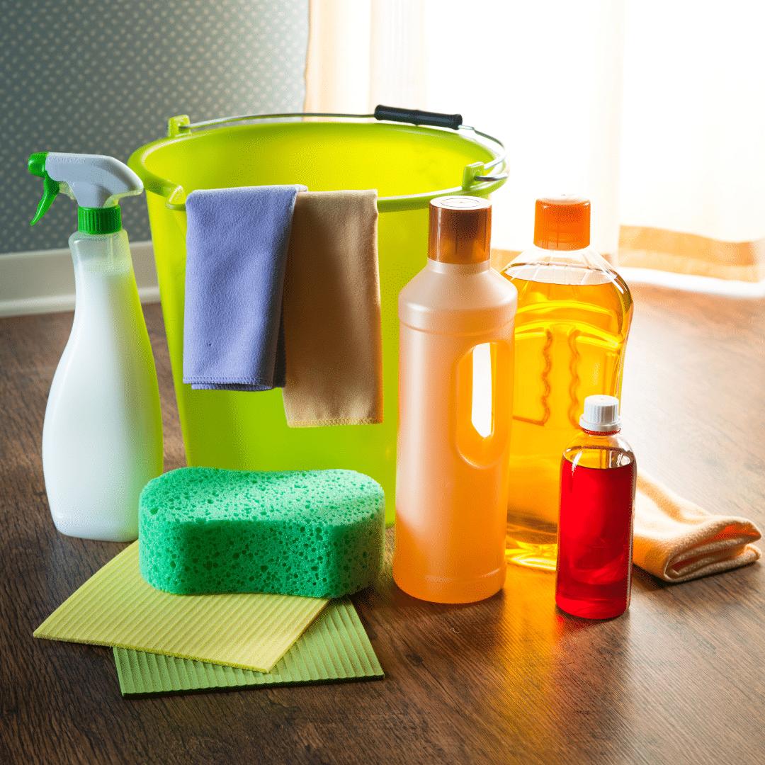 Produits naturels de nettoyage ménagers